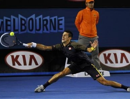 Novak Djokovic wins 3rd consecutive Australian Open with four set win over hobbled Murray