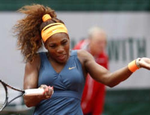 Serena Williams advances at French Open