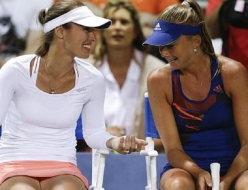 Hingis has doubles win in return to WTA Tour